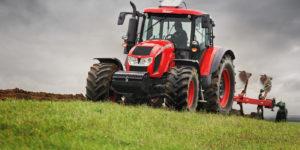 الجرارات الزراعية ، الآلات الزراعية